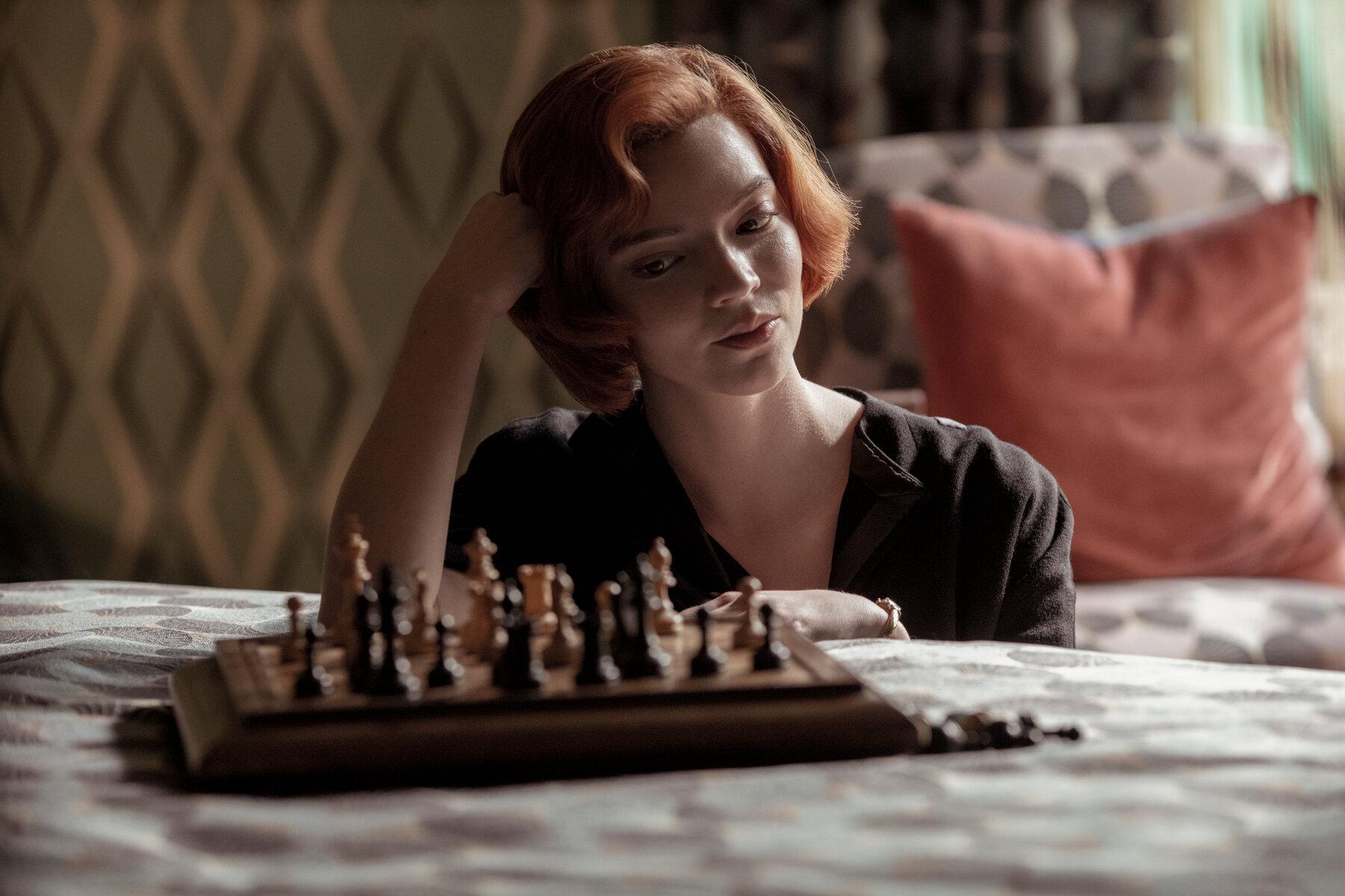 Anya Taylor-Joy diz que queria ver Beth como mãe numa segunda temporada de O Gambito da Rainha