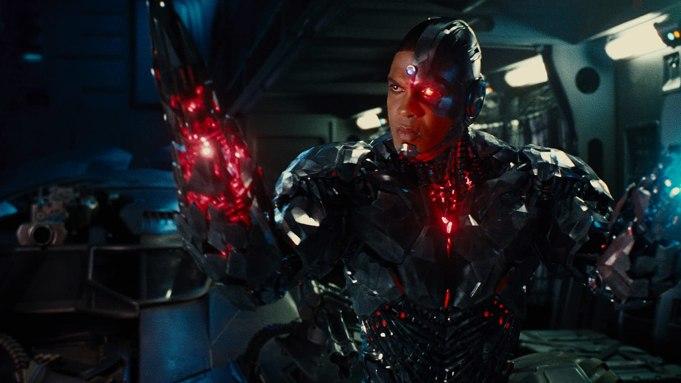 Ray Fisher afirma que não participará de nenhuma produção associada a Walter Hamada, presidente da DC Films