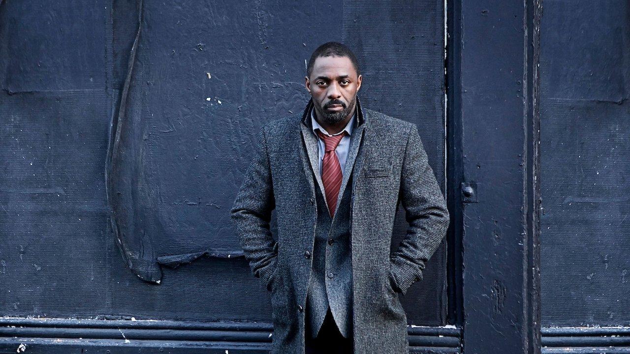 Idris Elba diz que filme de Luther pode ser gravado em setembro