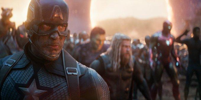 Chris Evans não está retornando como Capitão América ao MCU, diz Kevin Feige