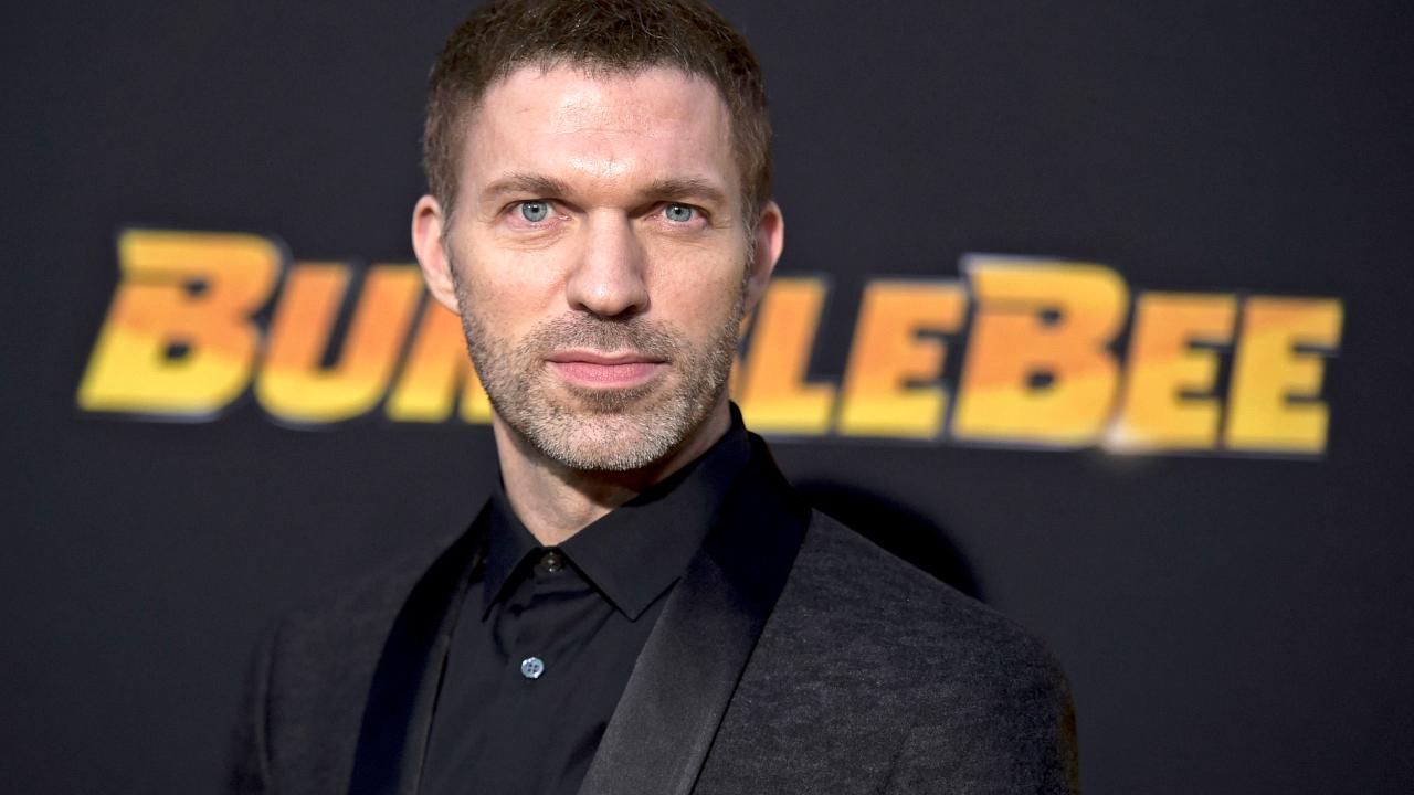 Travis Knight dirigirá novo filme sobre vampiros da Netflix