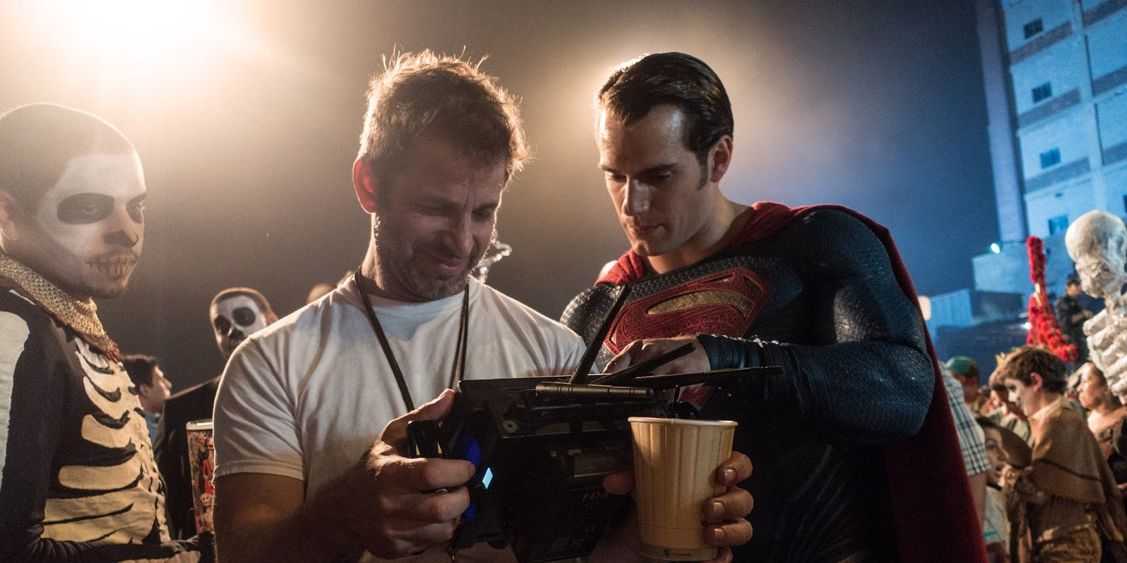 Zack Snyder não descarta possibilidade de dirigir mais filmes no Universo DC no futuro