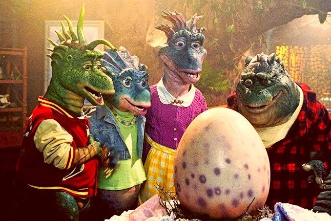 Todas as temporadas de Família Dinossauro serão adicionadas ao catálogo do Disney+ nos EUA