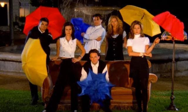Courteney Cox revelou que não gostou de gravar a abertura de Friends