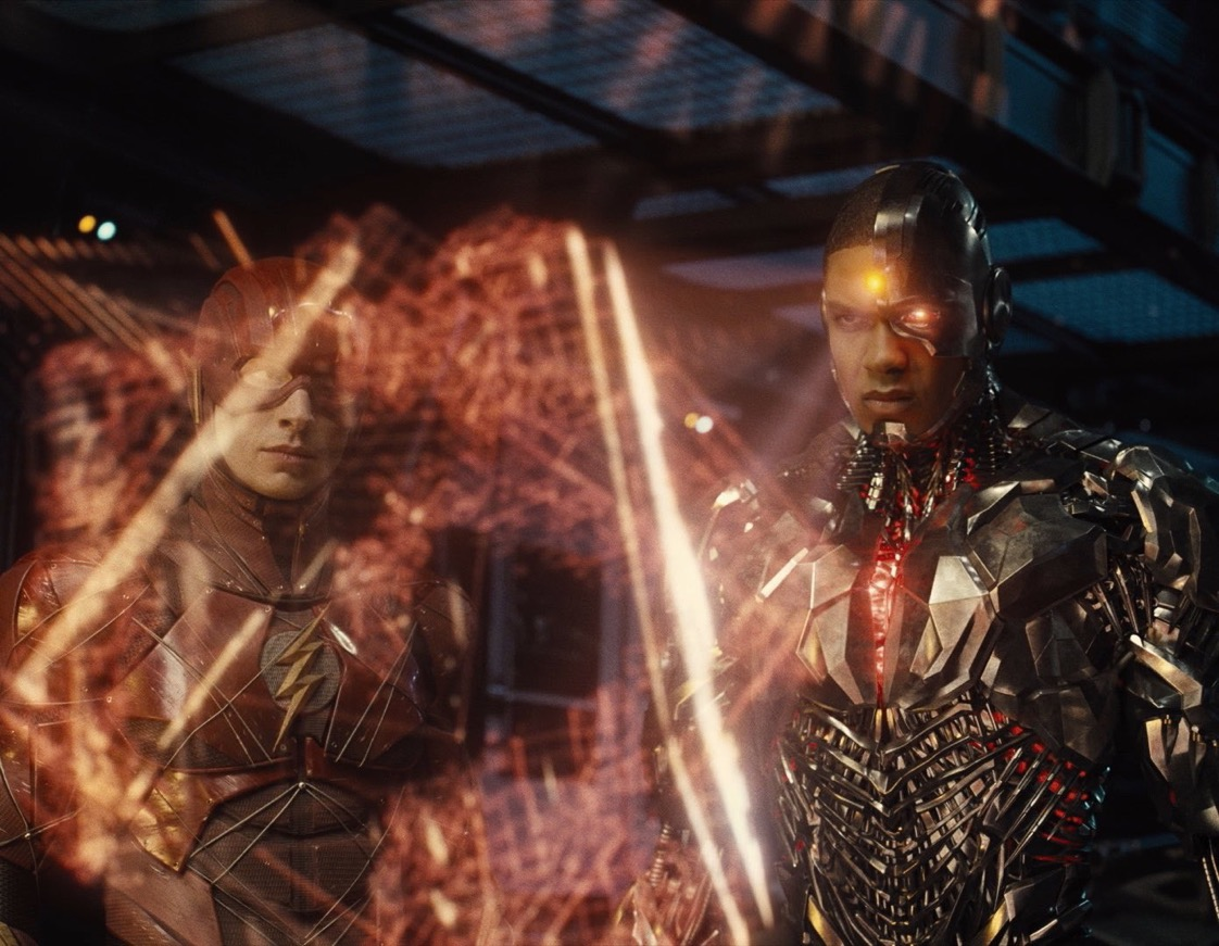 Ray Fisher compartilha nova imagem oficial do Ciborgue e do Flash no SnyderCut