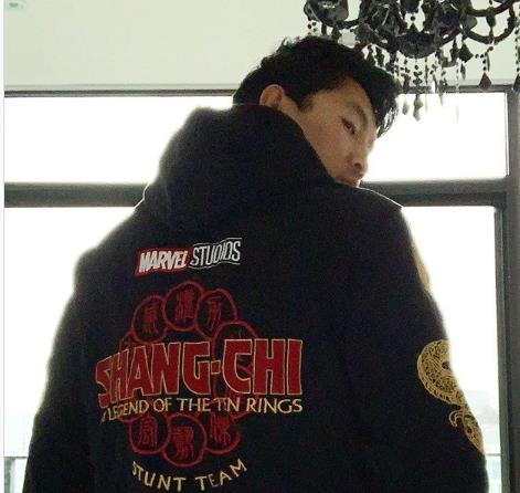 Ator de Shang-Chi anuncia conclusão das filmagens do longa