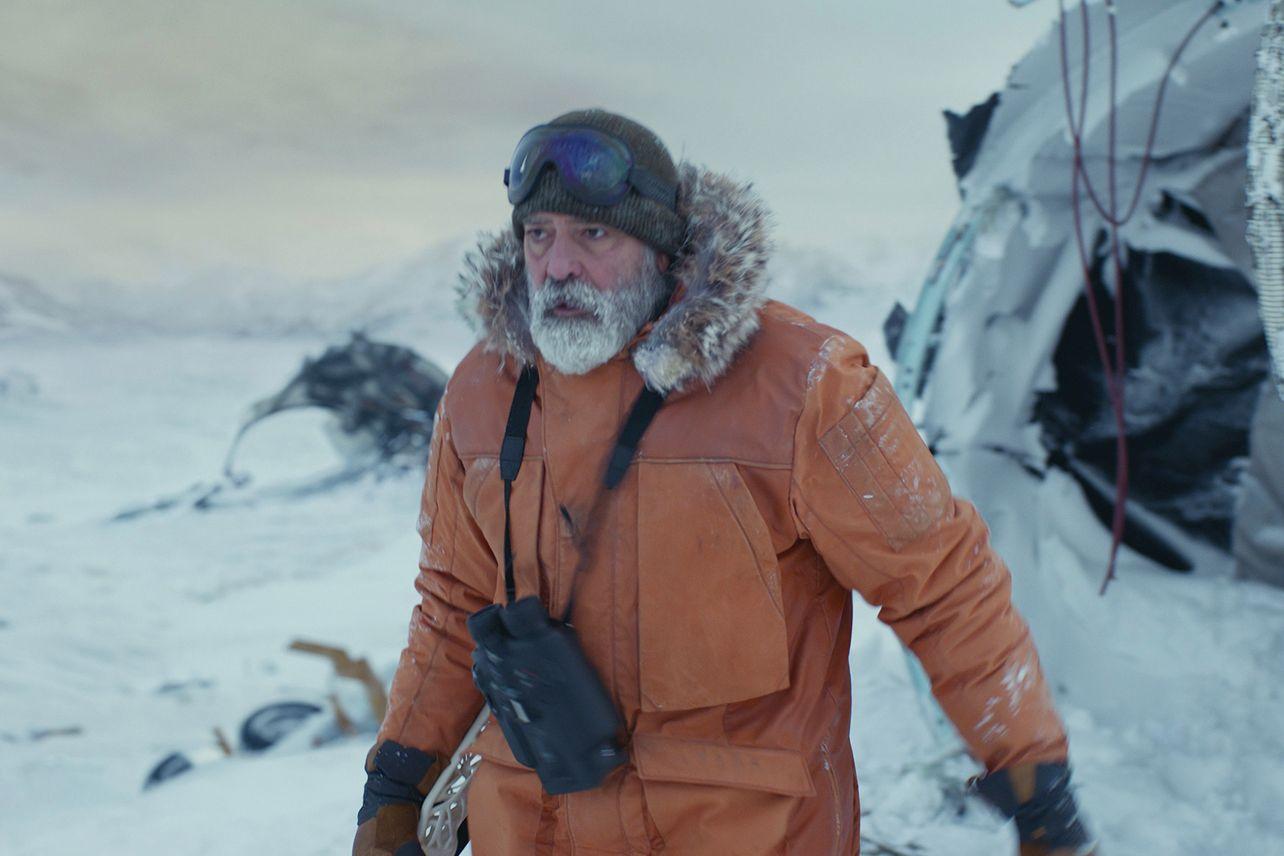 George Clooney é o último homem da Terra no trailer de O Céu da Meia-Noite da Netflix
