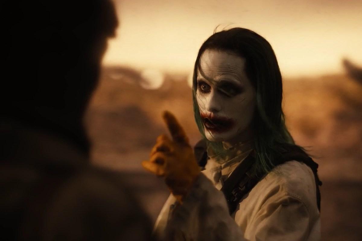 Zack Snyder revela mais detalhes de como seria sua trilogia de Liga da Justiça, ele mostraria Coringa matando o Robin