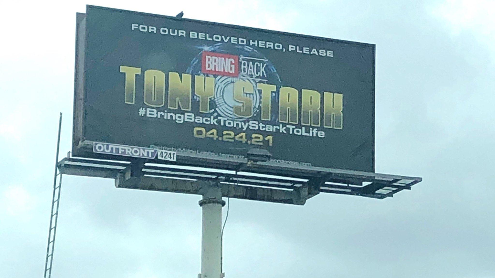 Fãs pedem pelo retorno de Tony Stark ao MCU com outdoor em Los Angeles