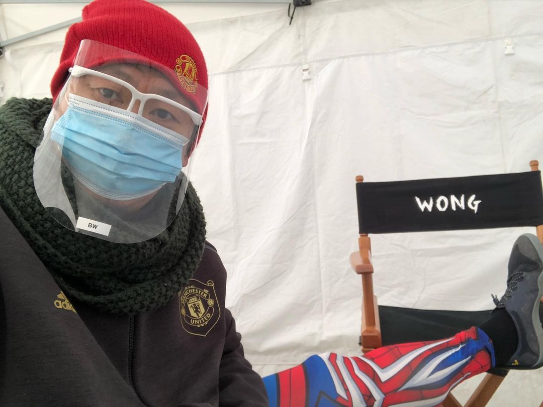 Benedict Wong divulga foto no set de Doutor Estranho 2