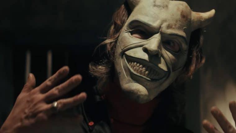O Telefone Preto, novo filme protagonizado por Ethan Hawke, ganha trailer bizarro