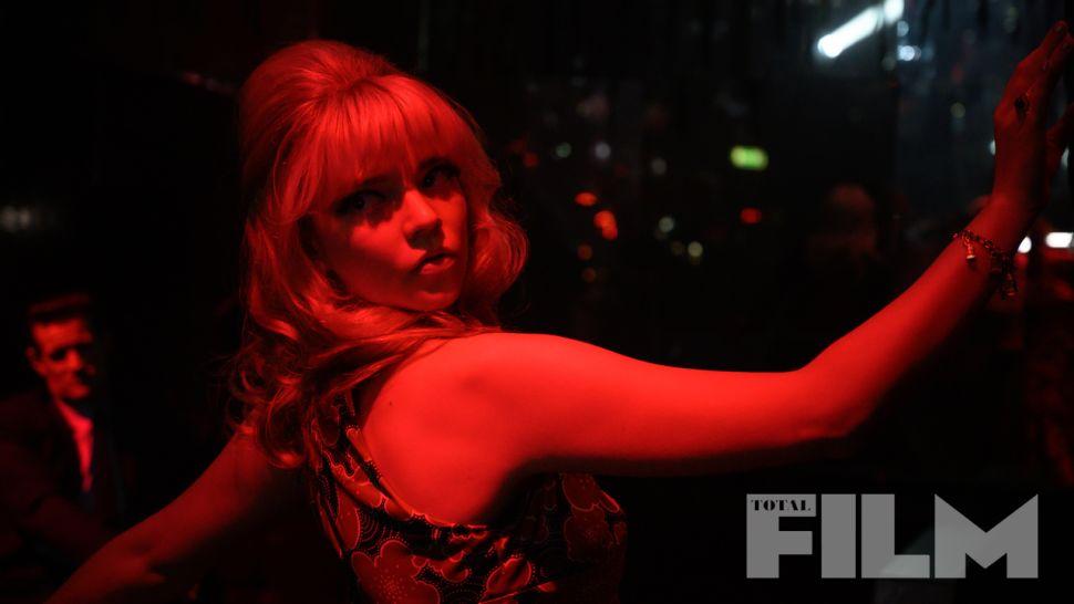 Anya Taylor-Joy aparece em nova imagem de Last Night in Soho, filme de Edgar Wright