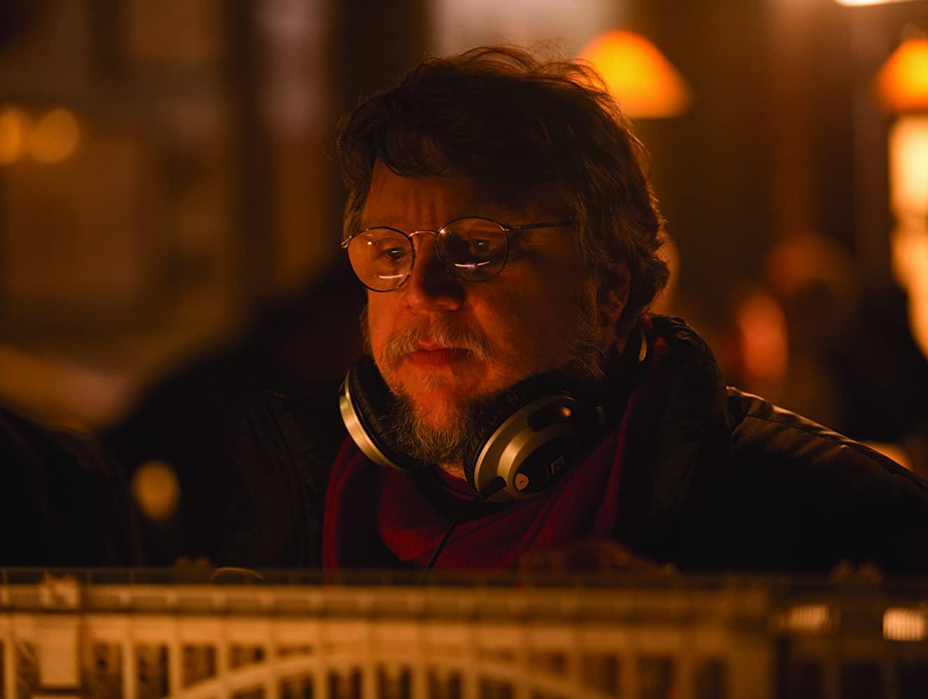 Nightmare Alley, novo filme de Guillermo Del Toro, ganha data de estreia para dezembro